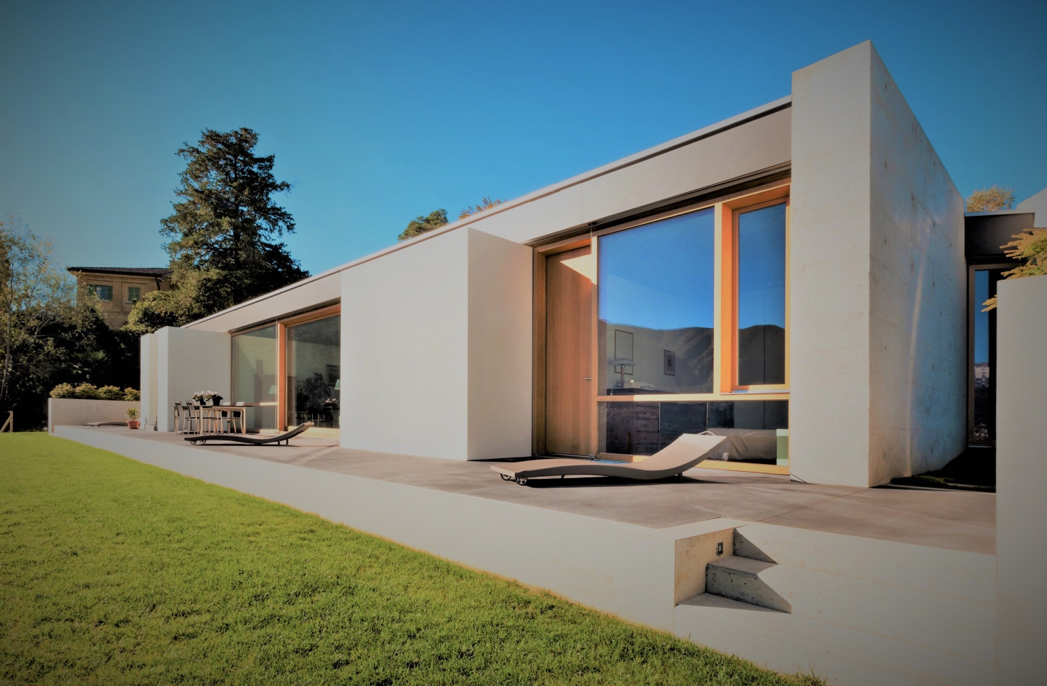Lift and slide doors from Chablais European Windows